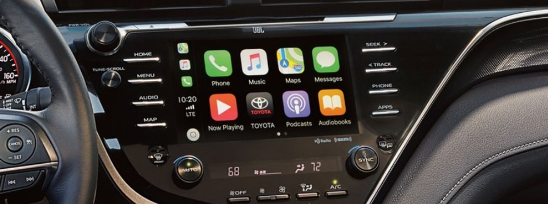 Close Up of 2019 Toyota Camry Entune Touchscreen with Apple CarPlay