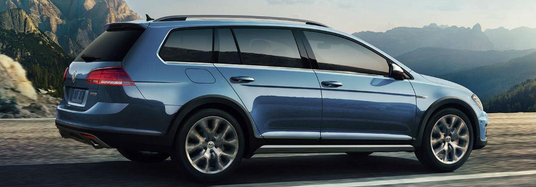 2019 Volkswagen Golf Alltrack side profile