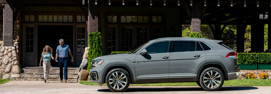 2020 Volkswagen Atlas Cross Sport offers 8 unique exterior paint color options