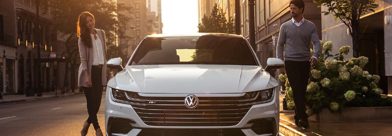 2020 Volkswagen Arteon front profile