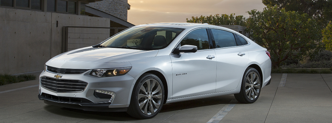 Does the 2016 Chevy Malibu come in a Hybrid?