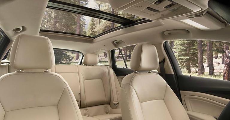 Wonderful 2018 Buick Regal TourX Interior Room