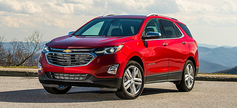 2018 Chevy Equinox red front side view