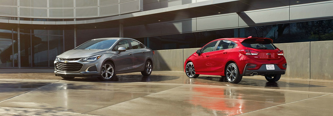 2019 Chevy Cruze sedan and hatchback side by side