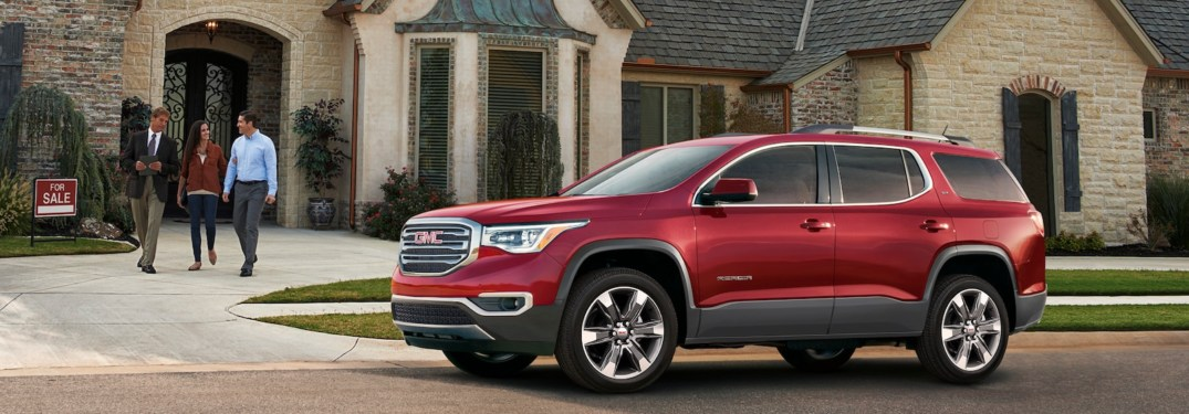 2018 GMC Acadia SLT red side view