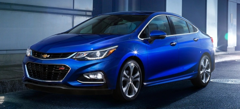 2018 Chevy Cruze blue side view