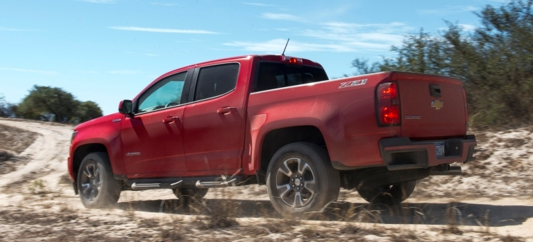 2018 GMC Canyon and Chevy Colorado fuel efficiency