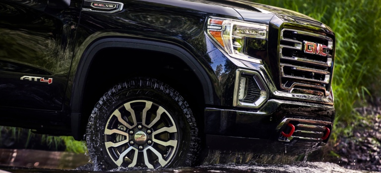 2019 GMC Sierra AT4 wheel going into water