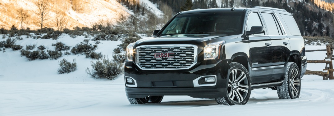 2019 GMC Yukon black side view