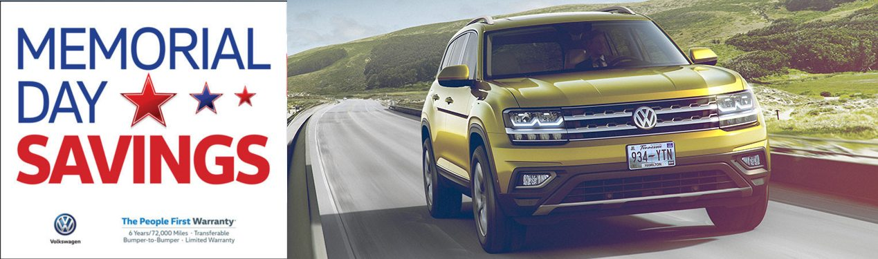 2018 VW Atlas with text banner for Memorial Day Savings Event
