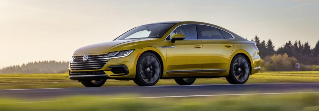 exterior front of the 2019 VW Arteon R-line