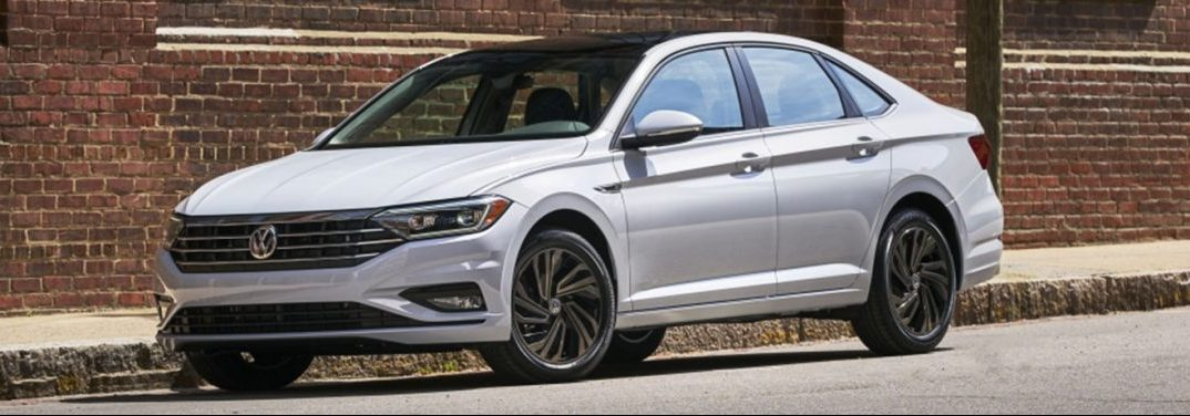 exterior front of the 2019 VW Jetta