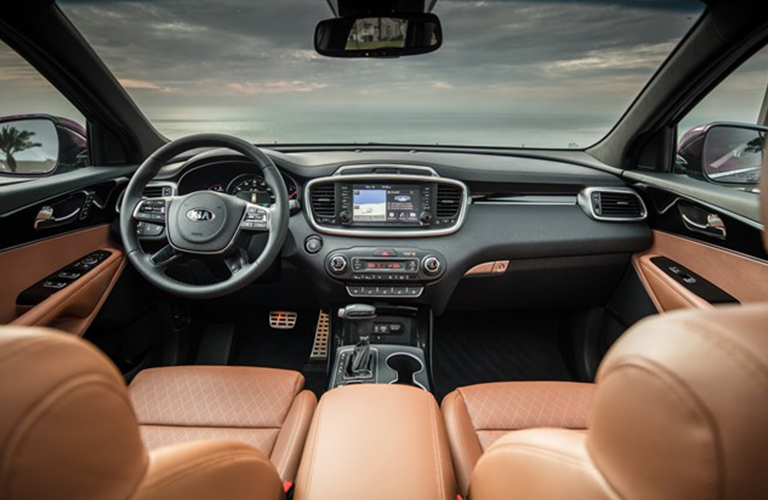 Dashboard and brown front seats in 2019 Kia Sorento
