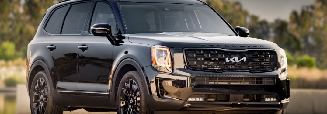 front and side view of the 2022 Kia Telluride