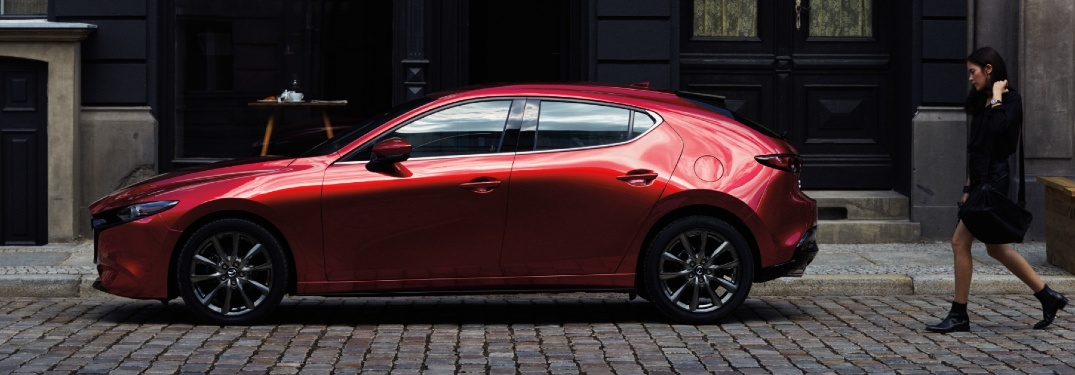 Does the 2021 Mazda3 Hatchback have more storage space than the 2021 Mazda3 Sedan?