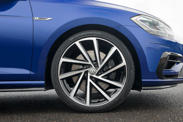 2018 Golf R Release Date >> 2018 Vw Golf Lineup New Features Updated Styling And