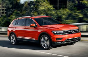 2019 VW Tiguan on the road