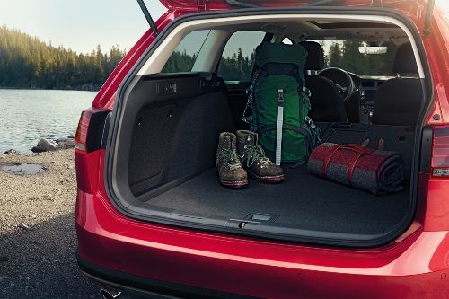 2019 Golf Alltrack cargo bay showcase