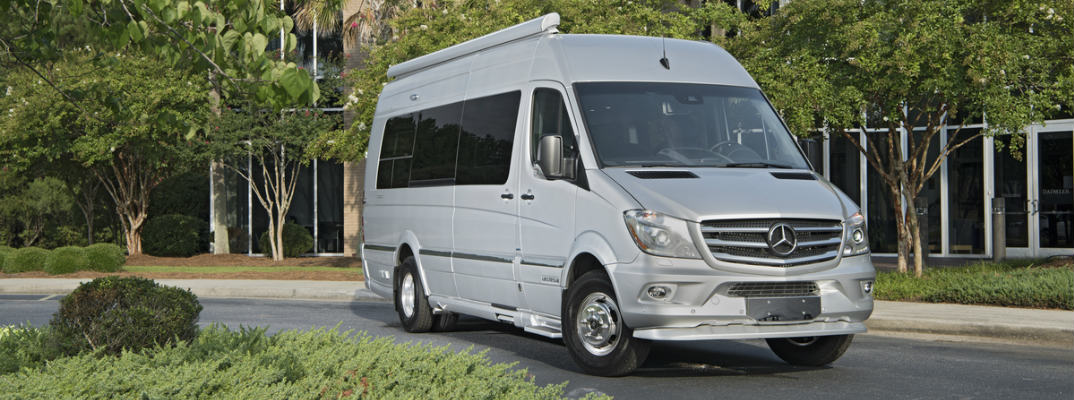 Mercedes-Benz Offers Cheapest Passenger Van in Company History