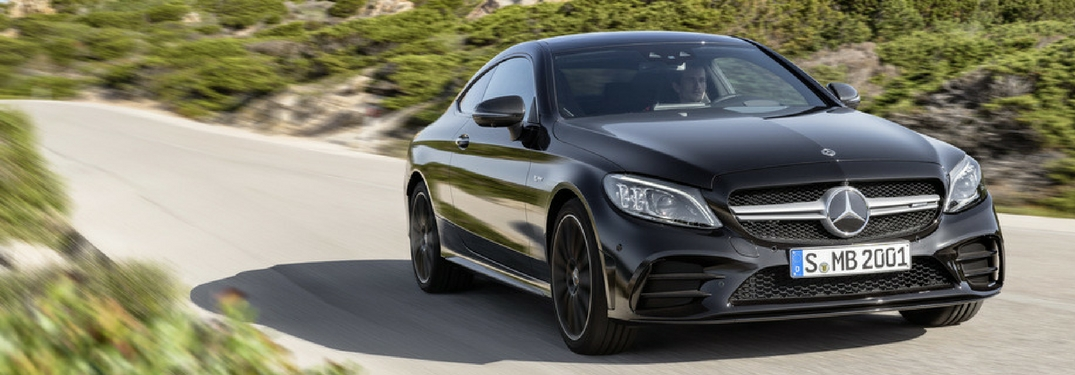 Mercedes benz debuts the new 2019 c class at the new york for Mercedes benz c class service b