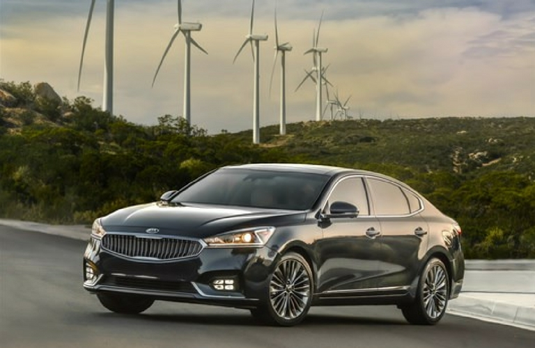 2017 Kia Cadenza trim levels