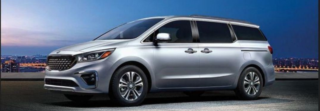 2021 Kia Sedona parked outside at night