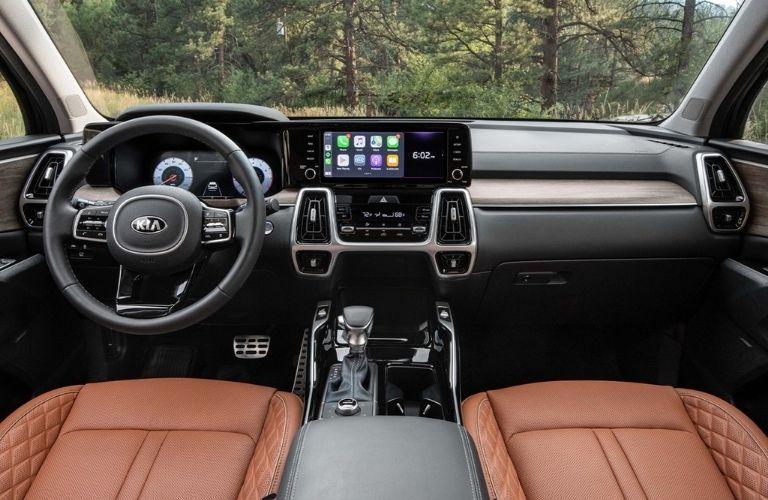 2021 Kia Sorento interior dash and wheel