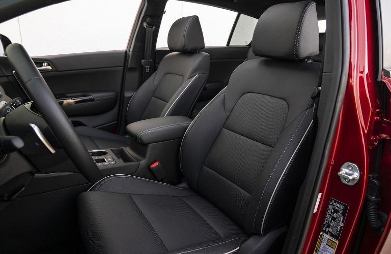 2022 Kia Sportage front seats