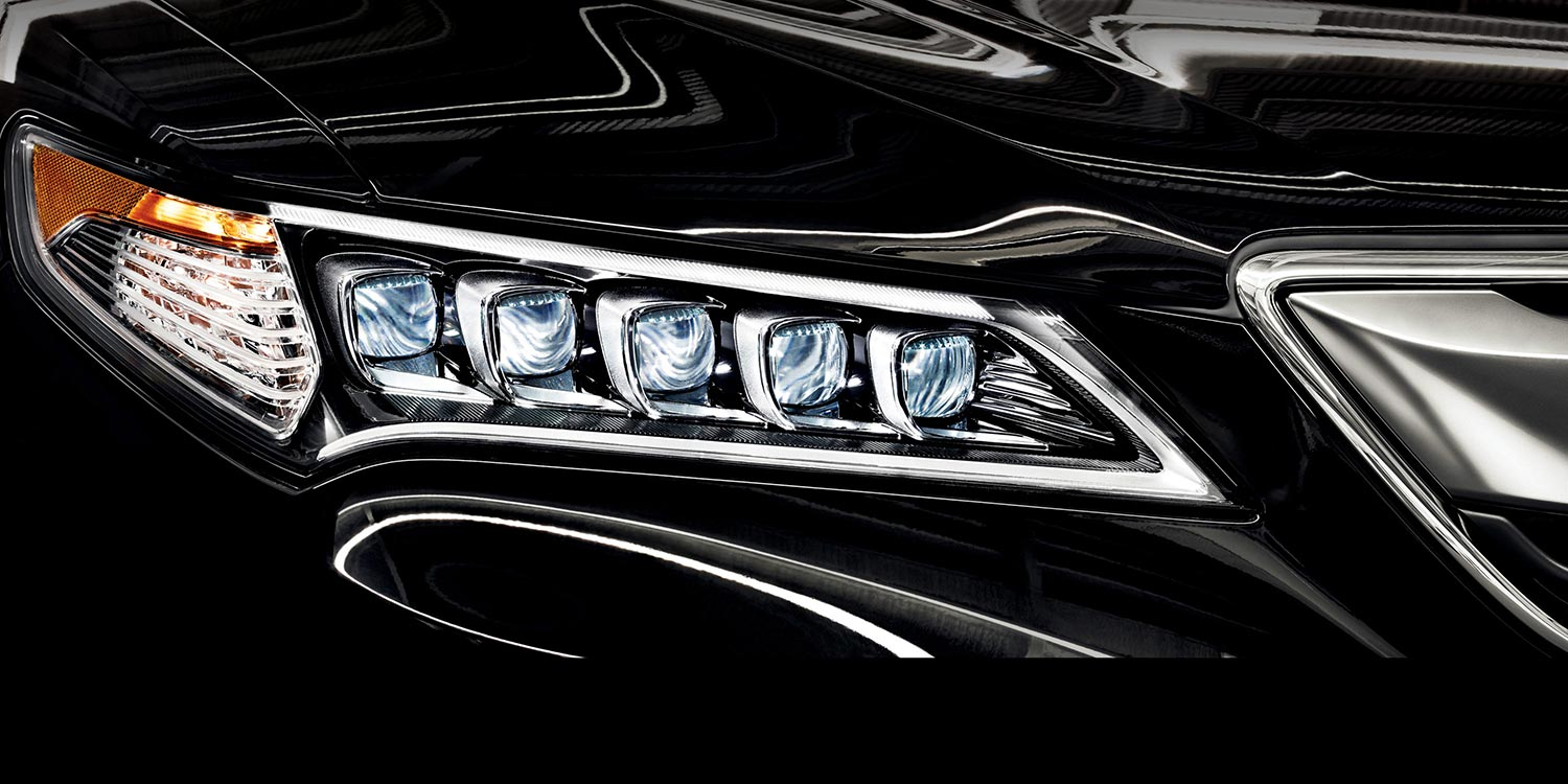 TLX Jewel Headlights, Noteworthy Addition to the 2017 Model