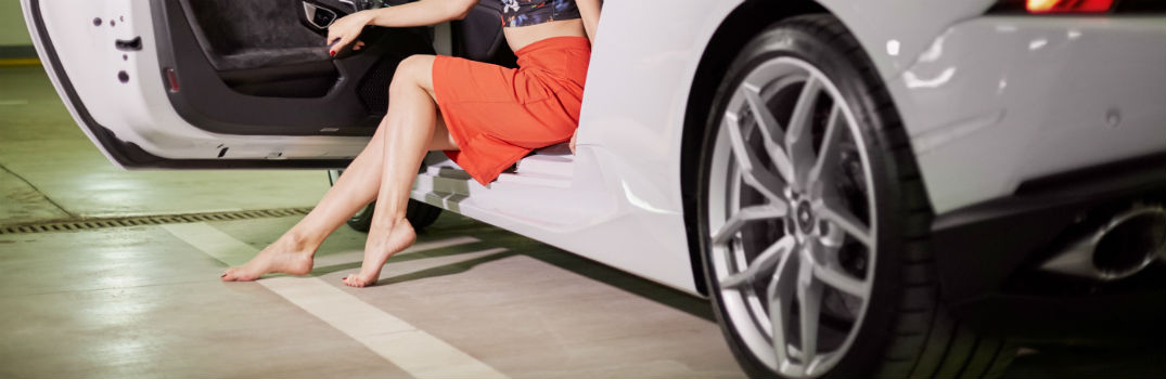 Is it illegal to drive barefoot in Georgia?