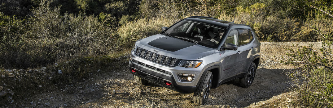 2017 jeep compass trailhawk off road features. Black Bedroom Furniture Sets. Home Design Ideas