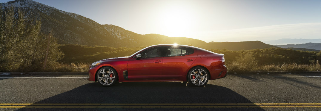2018 Kia Stinger exterior side