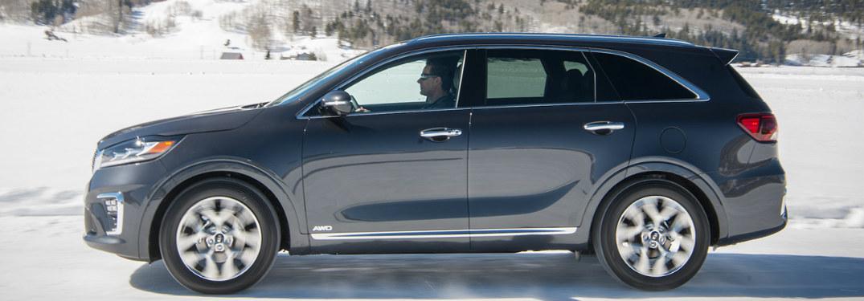 2019 Kia Sorento driving on snow