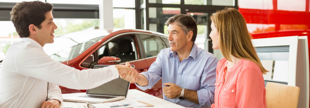 Raise Your Credit Score While Purchasing a Vehicle