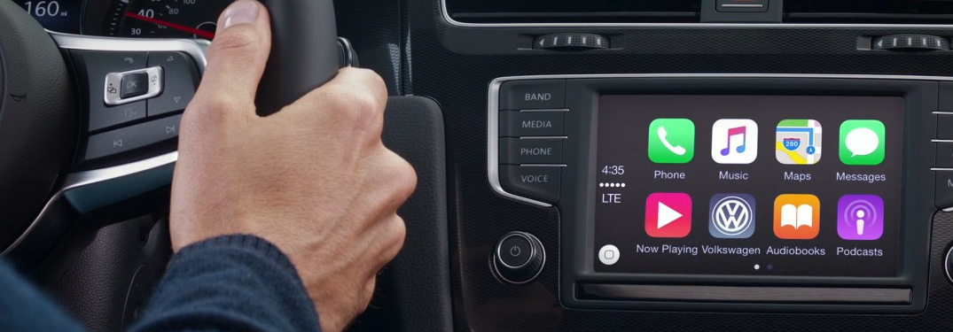 Volkswagen touchscreen display with app-connect