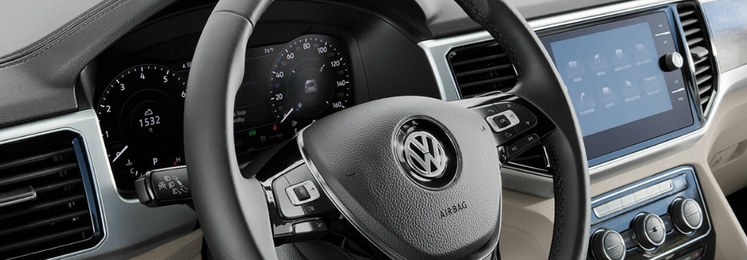 2018 Volkswagen Atlas dashboard and driver gauges