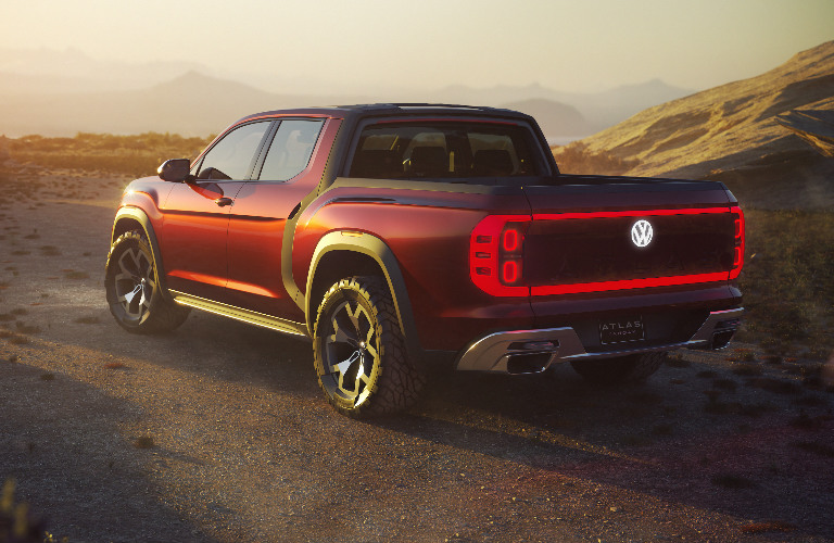 VW Atlas Tanoak rear exterior and taillights