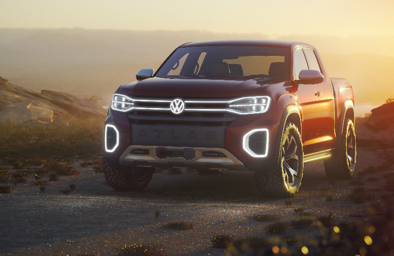 VW Atlas Tanoak front grille and headlights