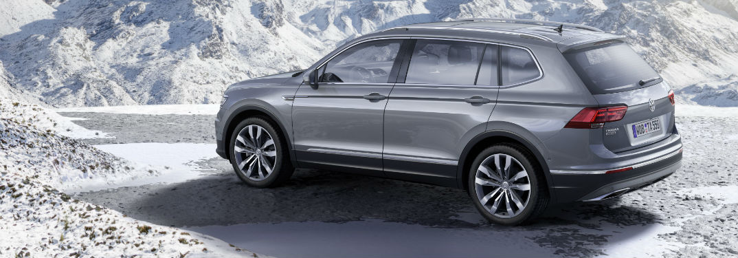 2018 Volkswagen Tiguan in the snow