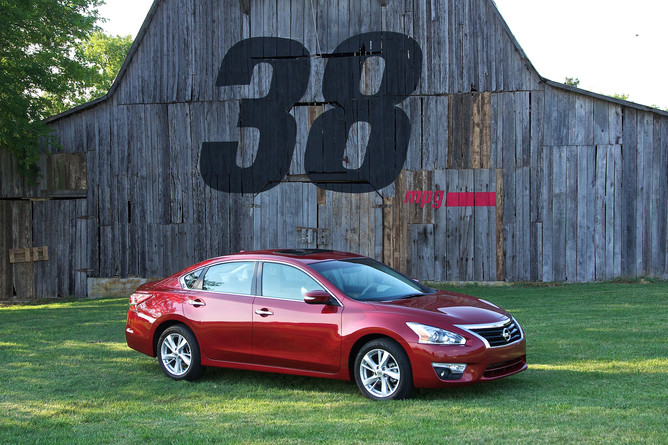 The Altima Has Long Been One Of The Flagship Vehicles Of The Nissan  Presence In The US. The 2013 Nissan Altima Showed Us That A Car Could Be  Comfortable And ...