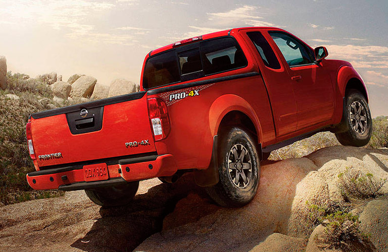 2017 Nissan Frontier Specs and Towing Capacity