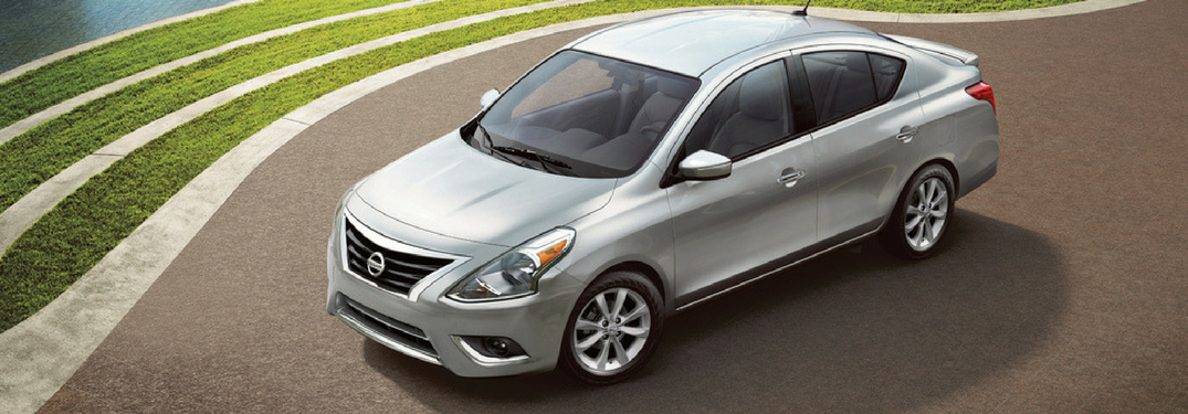 2018 Nissan Versa bird's-eye-view in silver