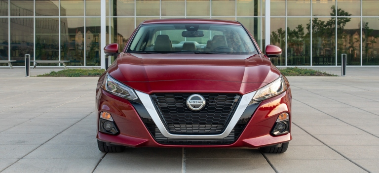 2019 Nissan Altima Edition ONE red front view