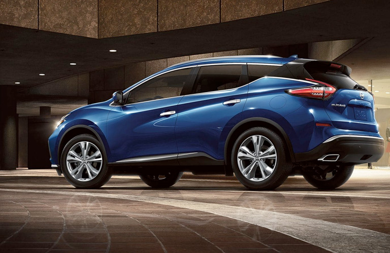 A left profile photo of the Nissan Murano.