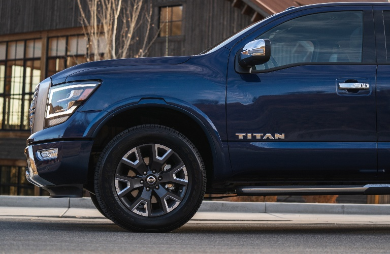 2021 Nissan TITAN going down the road