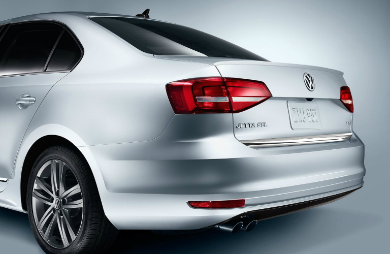 2018 Volkswagen Jetta Interior And Exterior Photos