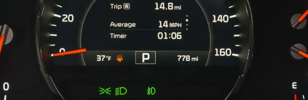 What is the Snowflake or X warning light in my Kia vehicle?
