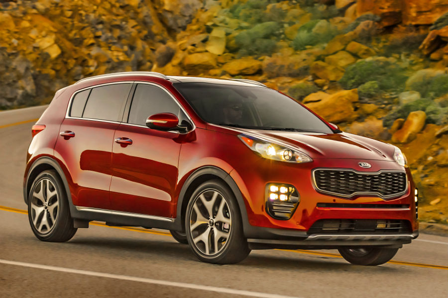 2018 Top Safety Pick Plus Kia Sportage Exterior Front Passenger Side Profile