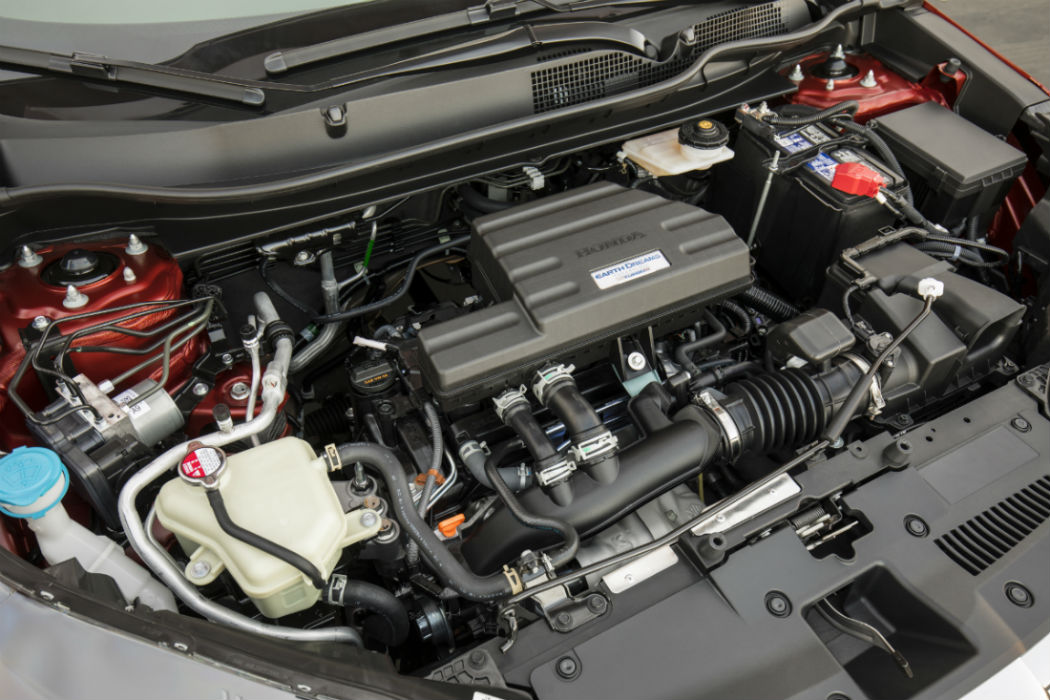 A look under the hood of the 2018 Honda CR-V