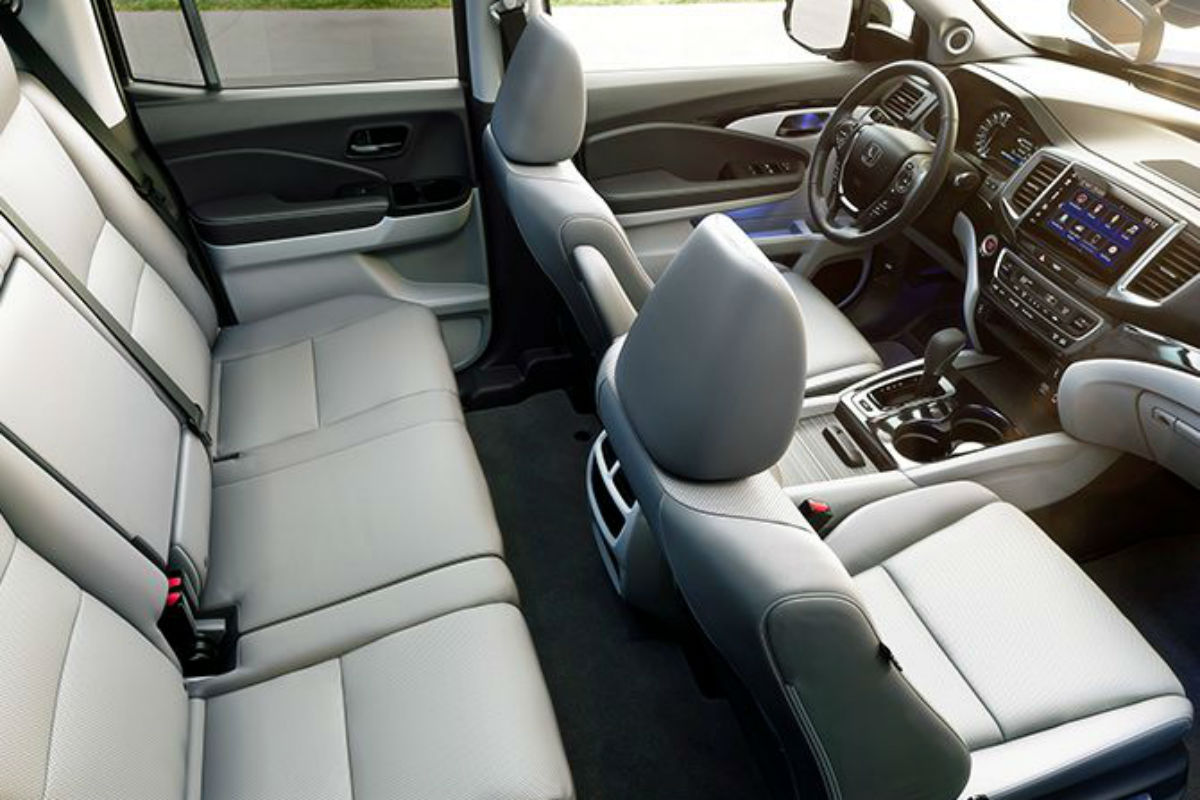 Overhead view of the interior seating of the 2019 Honda Ridgeline